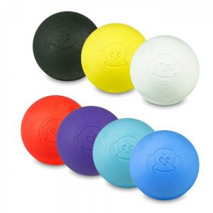 En lacrosse bold kommer i mange størrelser, former og farver