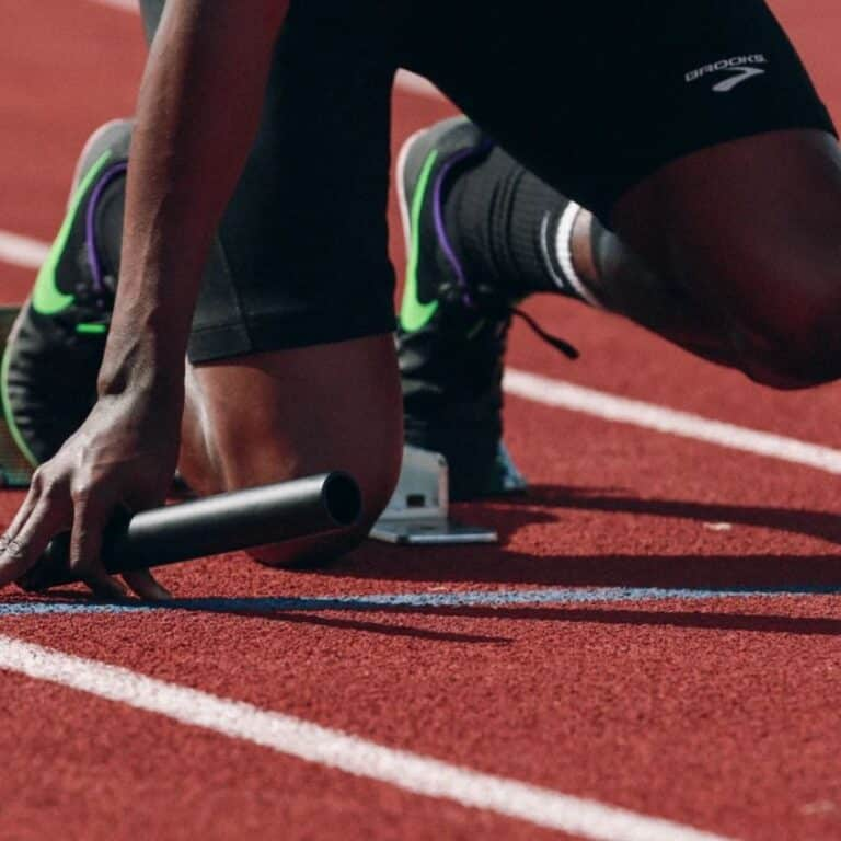 Mand med løbeudstyr